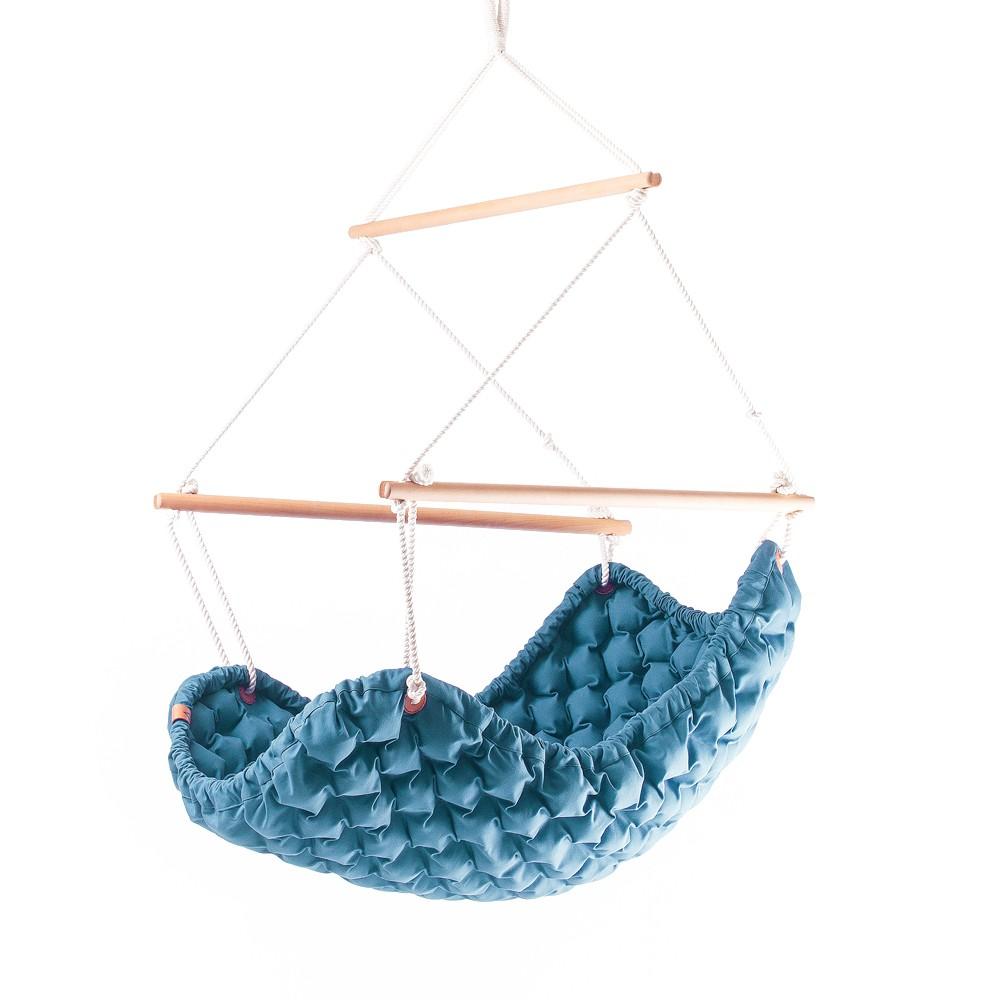 Závěsné houpací křeslo Swingy od Lindy Vrňákové